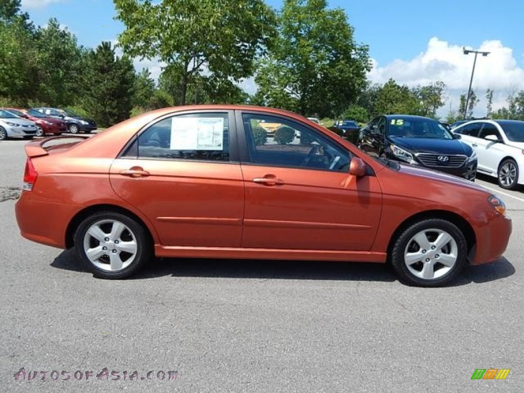 2008 Spectra SX Sedan - Electric Orange / Black photo #1