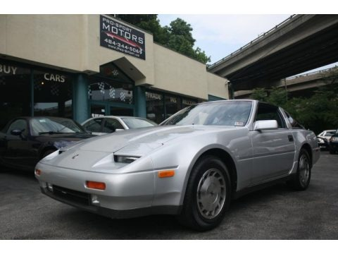 Platinum Mist Metallic 1987 Nissan 300ZX GS Hatchback
