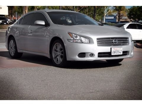 Radiant Silver 2010 Nissan Maxima 3.5 S