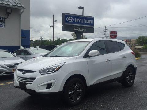 Winter White 2015 Hyundai Tucson GLS AWD