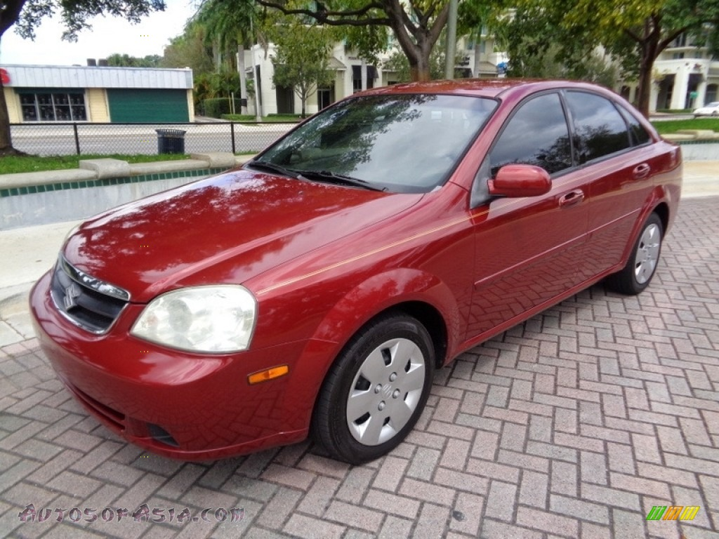 Fusion Red Metallic / Grey Suzuki Forenza