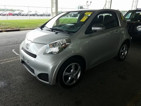 Classic Silver Metallic 2012 Scion iQ