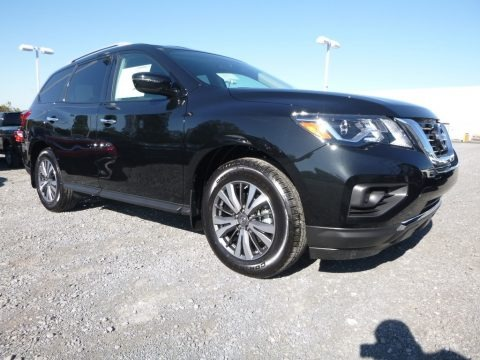 Magnetic Black 2017 Nissan Pathfinder S 4x4