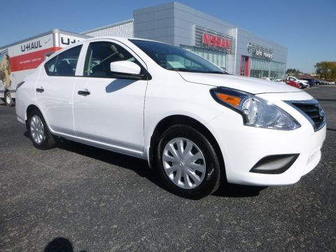 Fresh Powder White 2018 Nissan Versa S