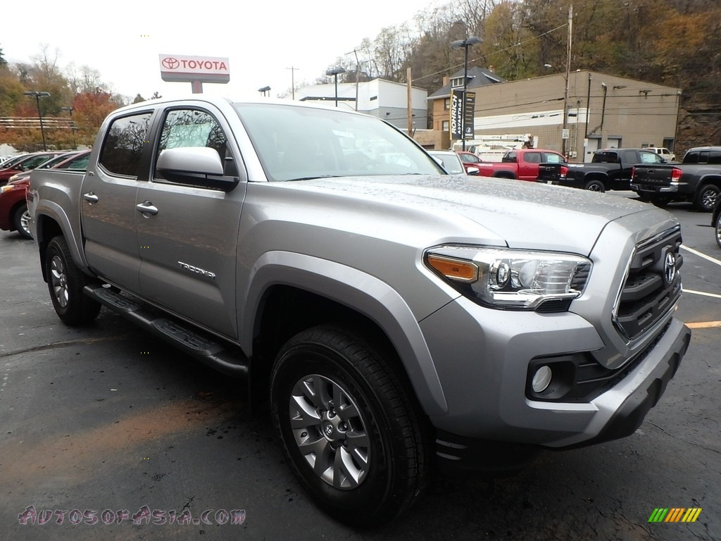 2017 Tacoma SR5 Double Cab 4x4 - Silver Sky Metallic / Cement Gray photo #1