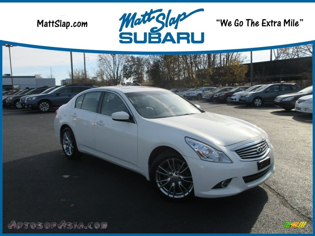 2011 G 37 x AWD Sedan - Moonlight White / Wheat photo #1