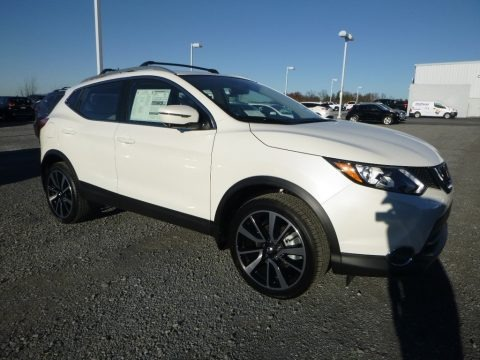 Pearl White 2017 Nissan Rogue Sport SL AWD