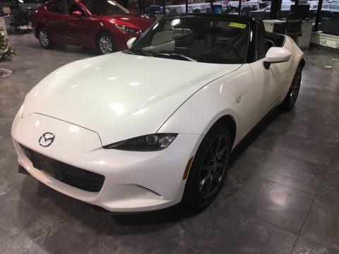 Crystal Pearl White Mica 2017 Mazda MX-5 Miata Grand Touring