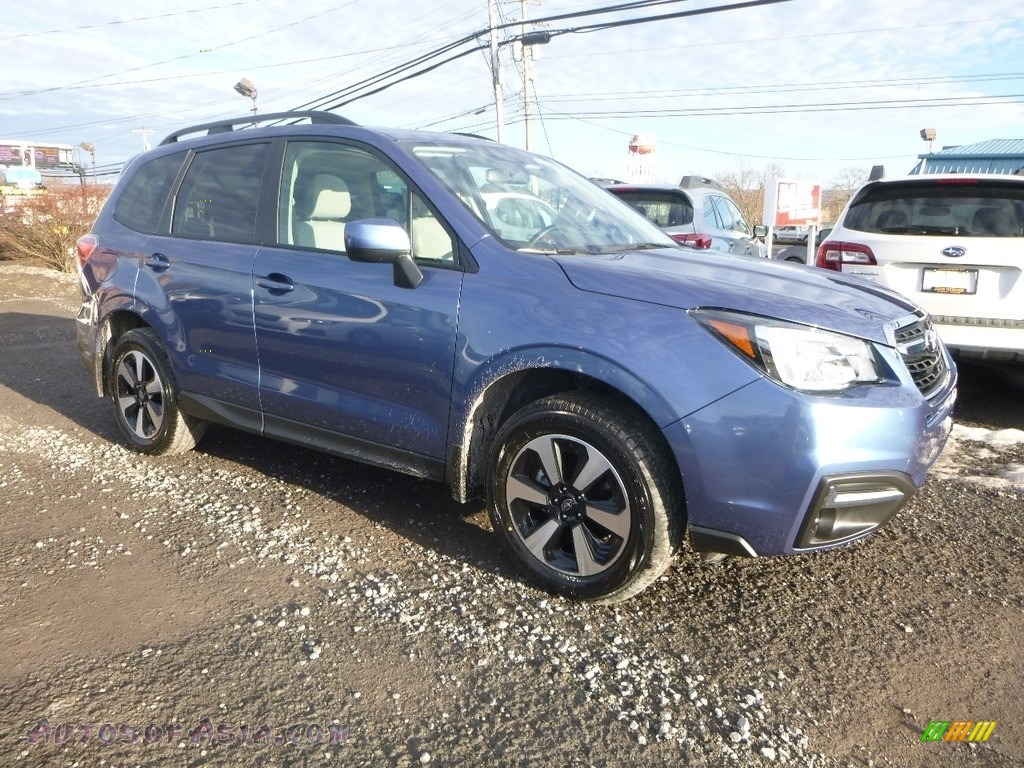 2018 Forester 2.5i Premium - Quartz Blue Pearl / Platinum photo #1
