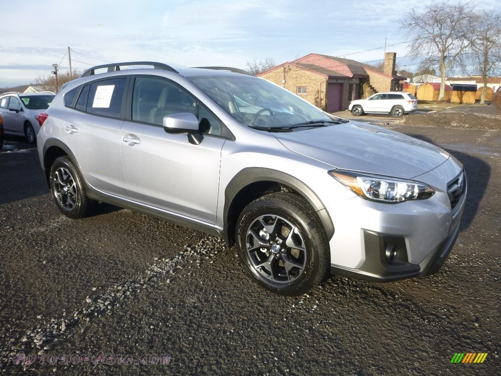 2018 Crosstrek 2.0i Premium - Ice Silver Metallic / Black photo #1
