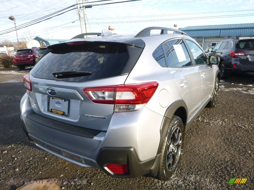 2018 Crosstrek 2.0i Premium - Ice Silver Metallic / Black photo #4