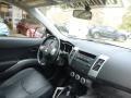 Mitsubishi Outlander XLS 4WD Graphite Gray Pearl photo #10