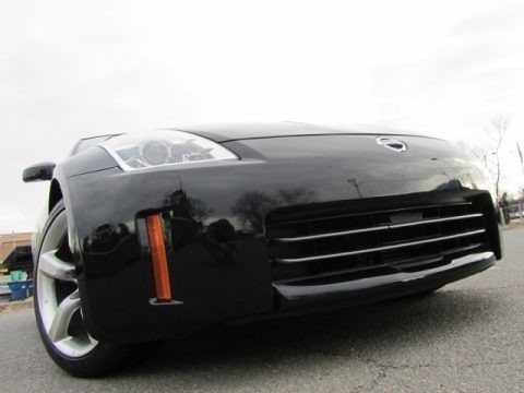 Magnetic Black Pearl 2006 Nissan 350Z Enthusiast Coupe
