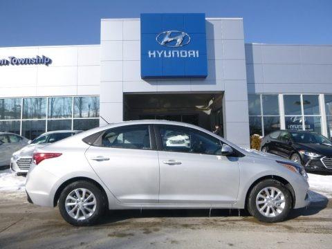 Olympus Silver 2018 Hyundai Accent SEL
