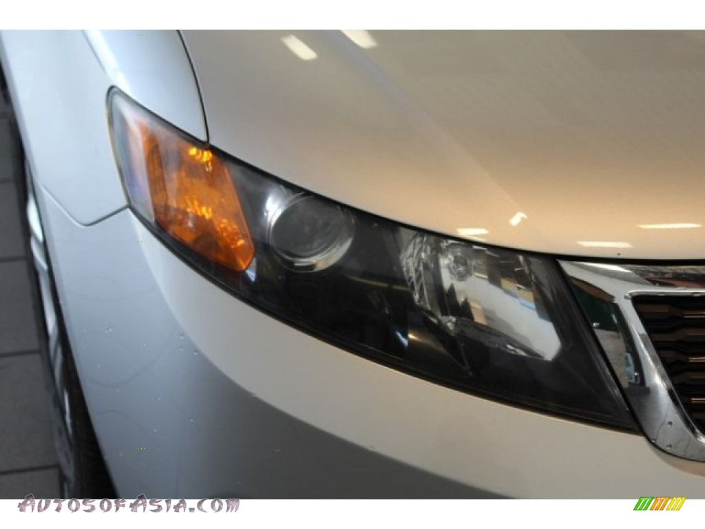 2009 Optima SX V6 - Bright Silver / Gray photo #4