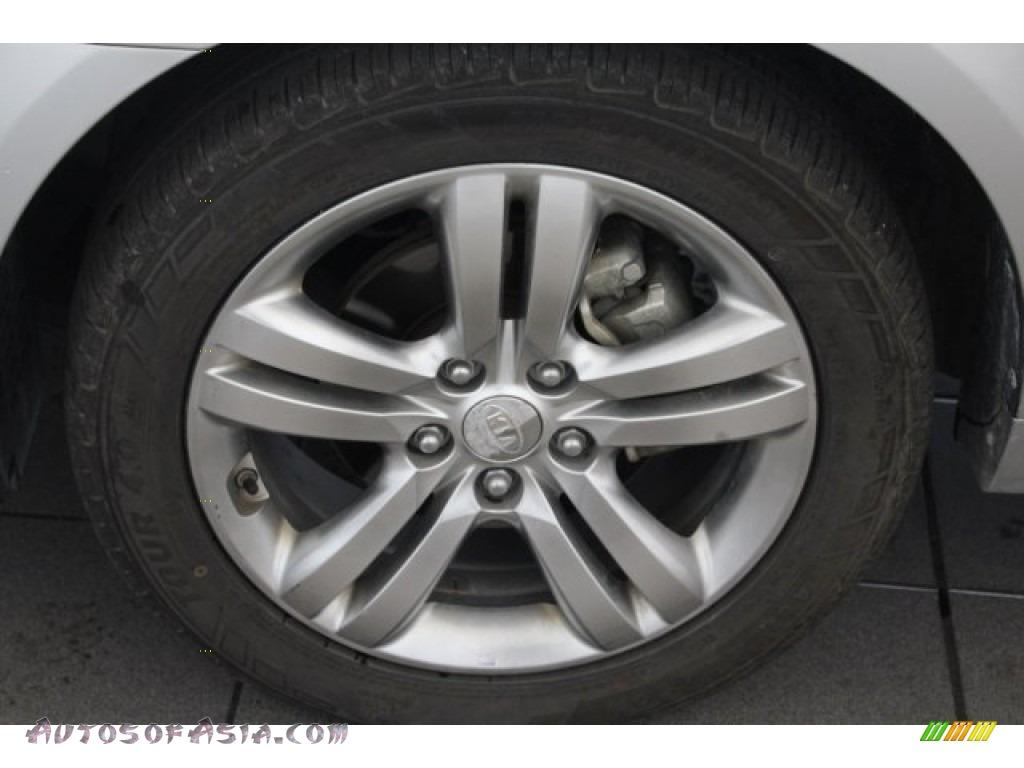 2009 Optima SX V6 - Bright Silver / Gray photo #11