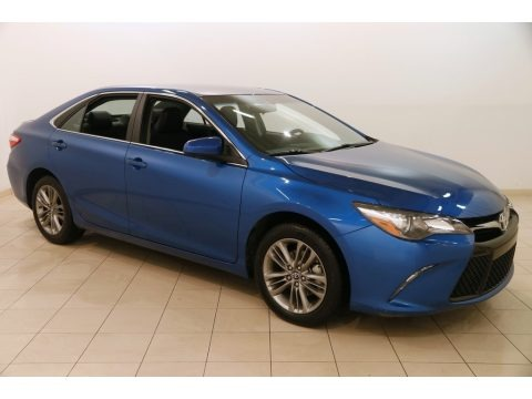 Blue Streak Metallic 2017 Toyota Camry SE