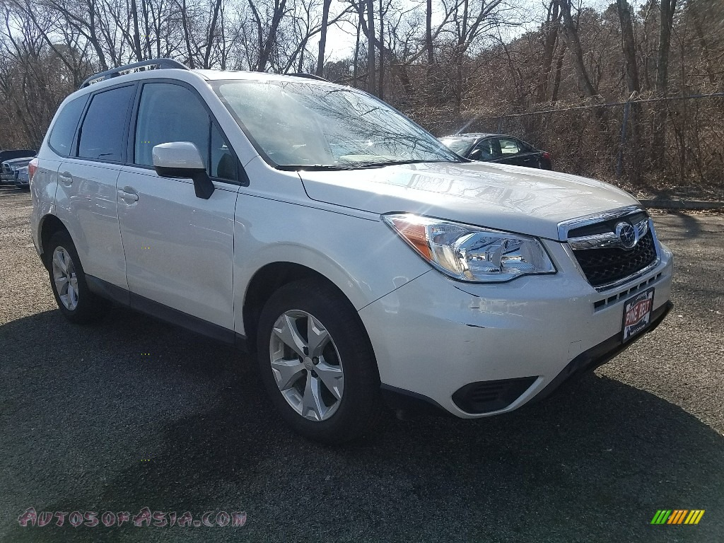 2015 Forester 2.5i Premium - Satin White Pearl / Gray photo #1