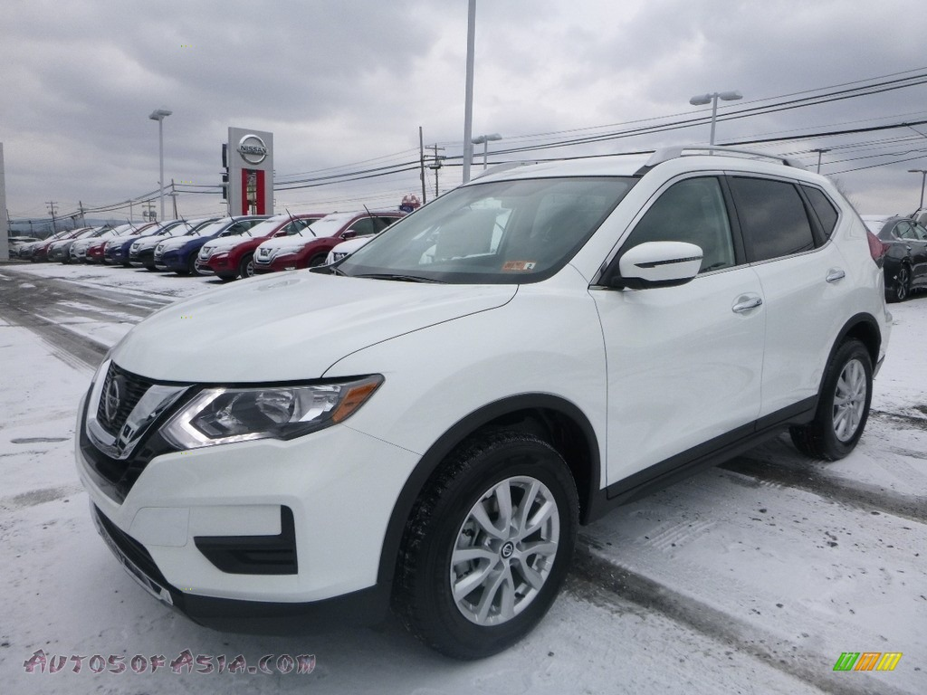 2018 Rogue SV AWD - Glacier White / Charcoal photo #8
