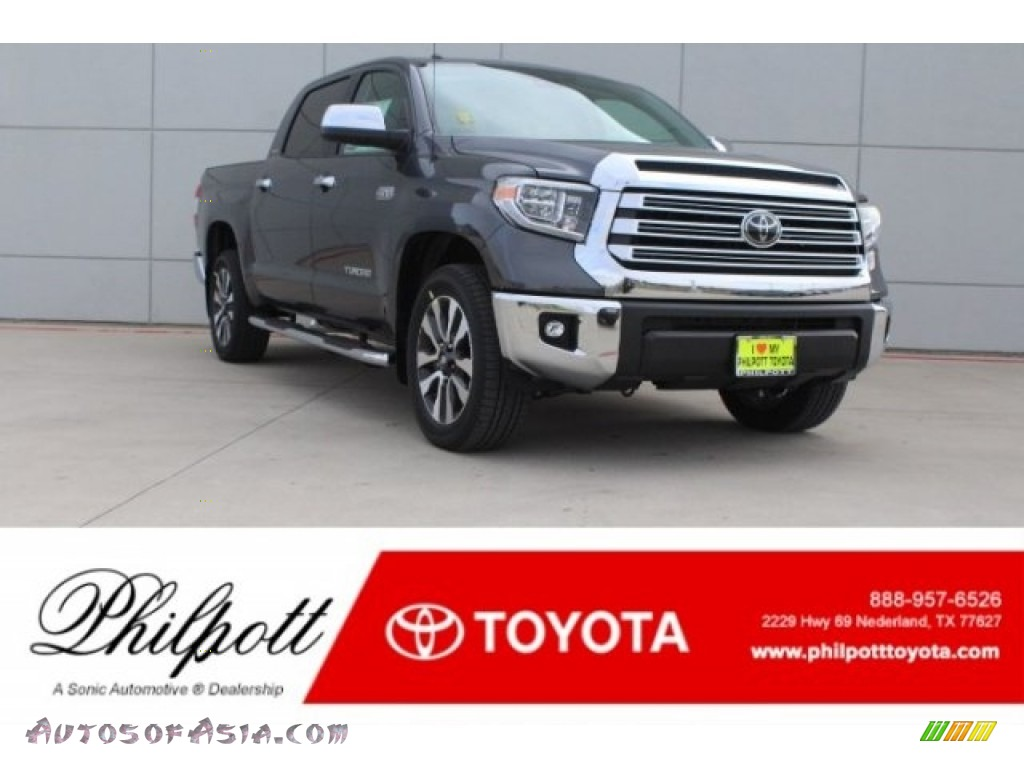 Magnetic Gray Metallic / Graphite Toyota Tundra Limited CrewMax