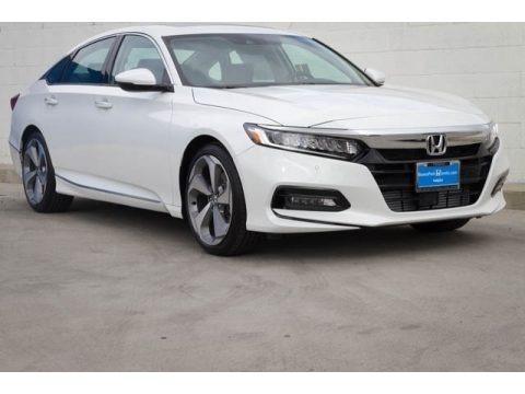 Platinum White Pearl 2018 Honda Accord Touring Sedan