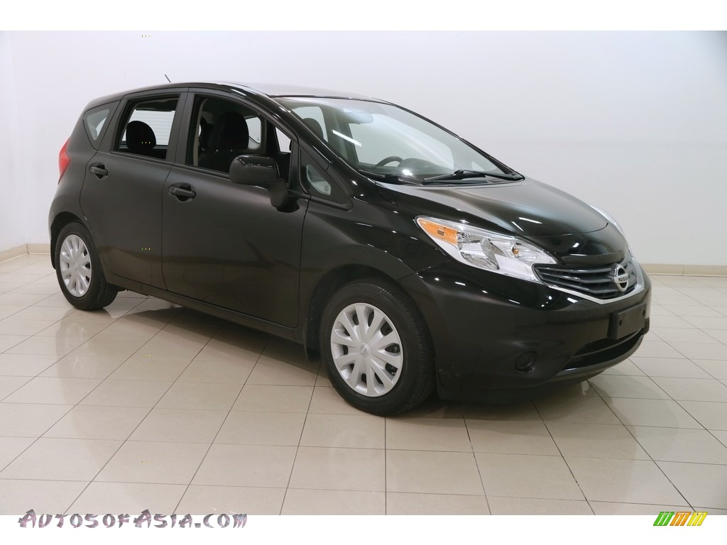 2014 Versa Note SV - Super Black / Charcoal photo #1