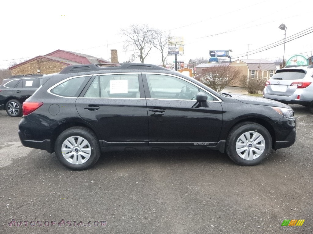 2018 Outback 2.5i - Crystal Black Silica / Ivory photo #3