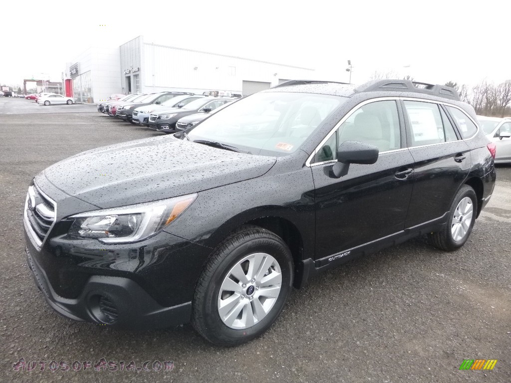 2018 Outback 2.5i - Crystal Black Silica / Ivory photo #8