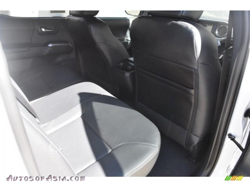 2018 Tacoma Limited Double Cab 4x4 - Super White / Black photo #17