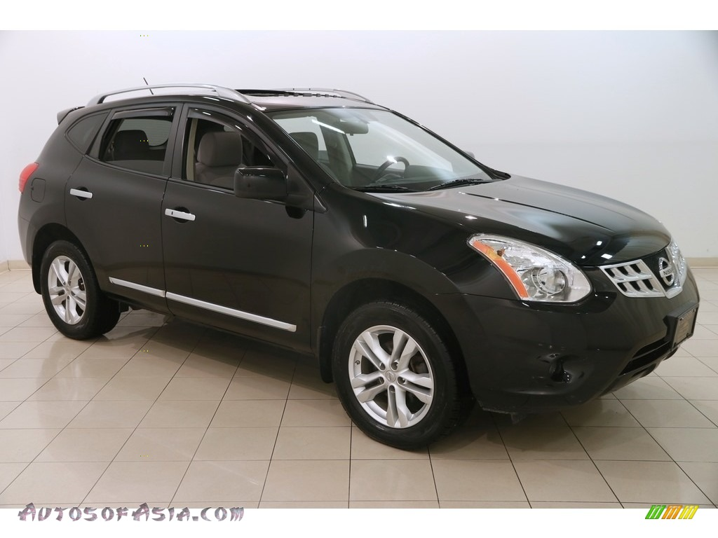 2013 Rogue SV AWD - Super Black / Gray photo #1