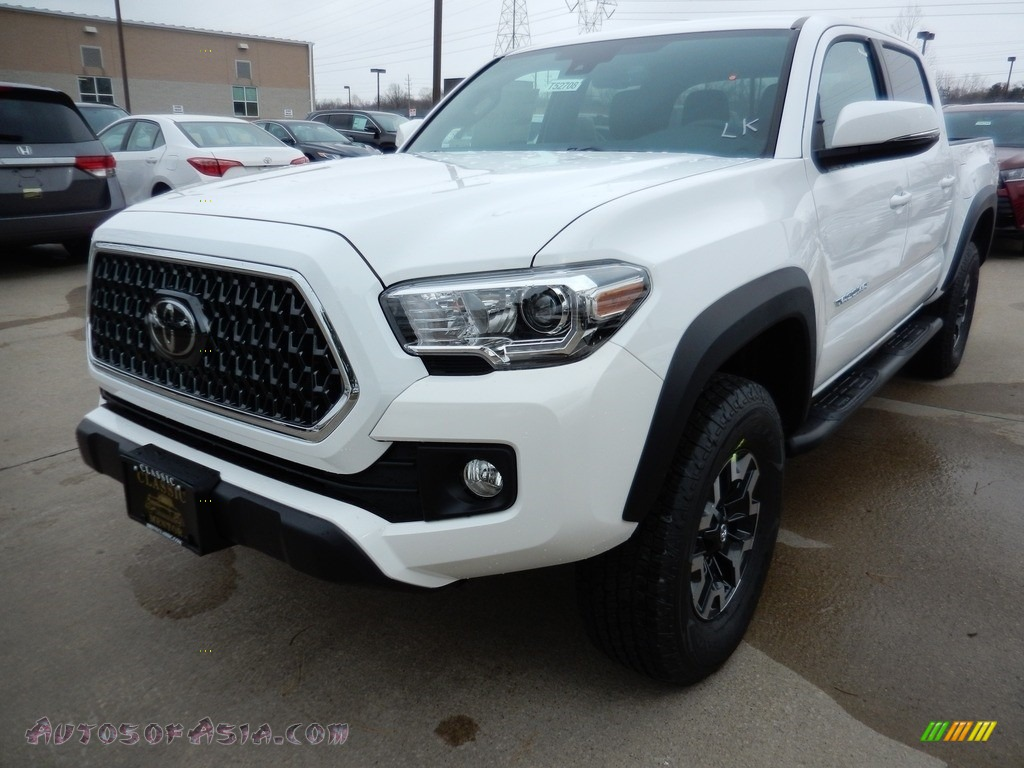 2018 Tacoma TRD Sport Double Cab 4x4 - Super White / Graphite w/Gun Metal photo #1