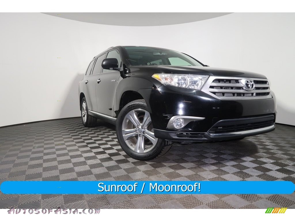 Black / Black Toyota Highlander Limited 4WD