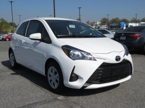 Super White 2018 Toyota Yaris 3-Door L