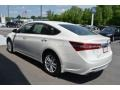 Toyota Avalon Limited Blizzard Pearl photo #4