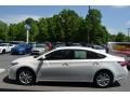 Toyota Avalon Limited Blizzard Pearl photo #5