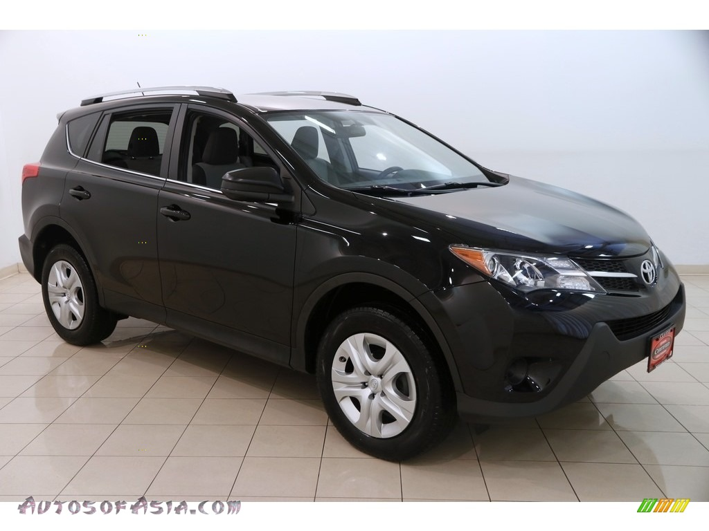 2015 RAV4 LE - Black / Ash photo #1