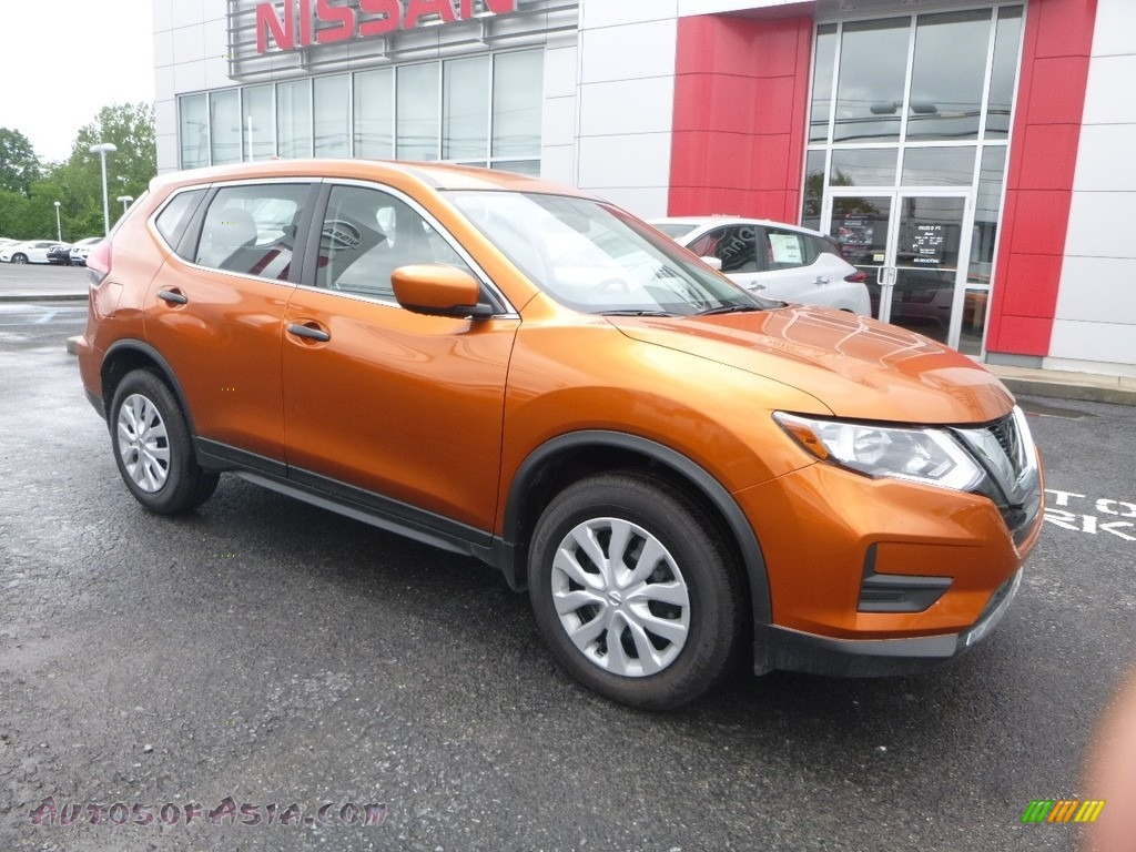 2017 Rogue S AWD - Monarch Orange / Charcoal photo #1