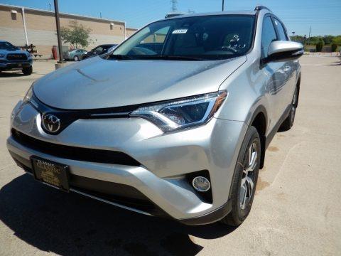 Silver Sky Metallic 2018 Toyota RAV4 XLE
