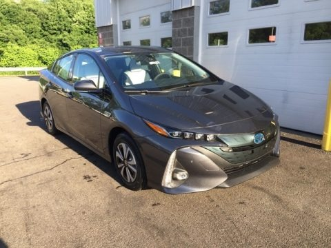 Magnetic Gray Metallic 2018 Toyota Prius Prime Advanced