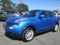 Nissan Juke SV Electric Blue photo #3