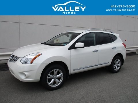 Pearl White 2011 Nissan Rogue SV AWD
