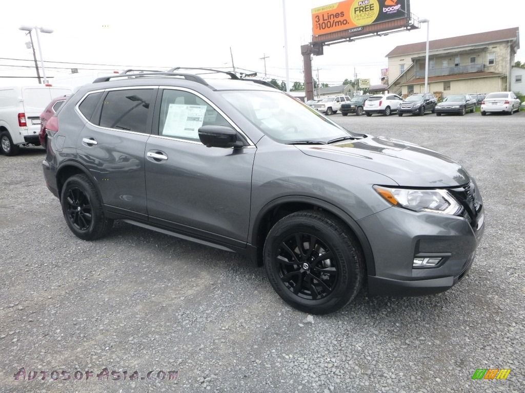 2018 Rogue SV AWD - Gun Metallic / Charcoal photo #1