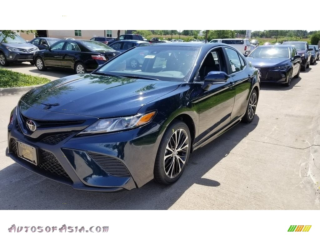2018 Camry SE - Galactic Aqua Mica / Black photo #1