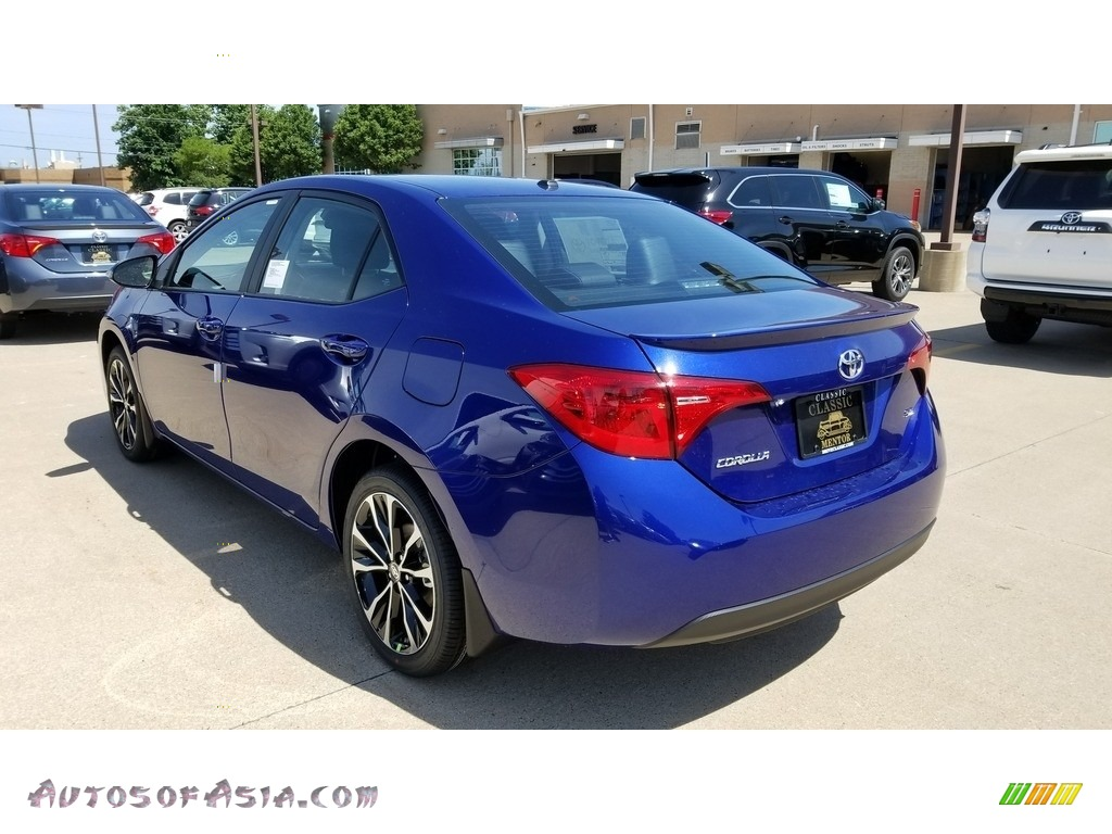 2019 Avalon SE - Blue Crush Metallic / Vivid Blue photo #2