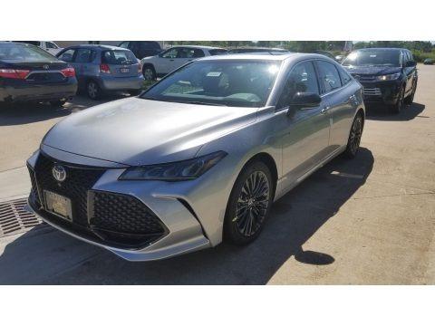 Celestial Silver Metallic 2019 Toyota Avalon Hybrid XSE