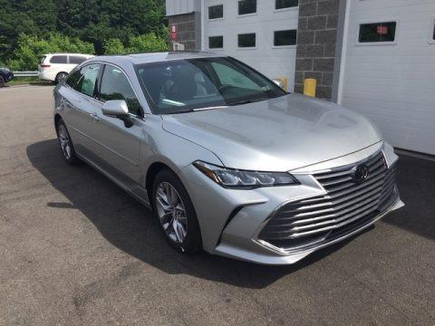 Celestial Silver Metallic 2019 Toyota Avalon XLE