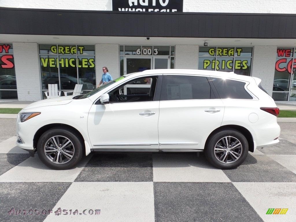 2018 QX60 3.5 AWD - Majestic White / Graphite photo #1