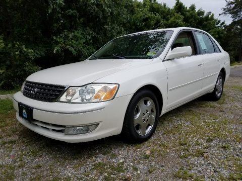Diamond White Pearl 2003 Toyota Avalon XLS