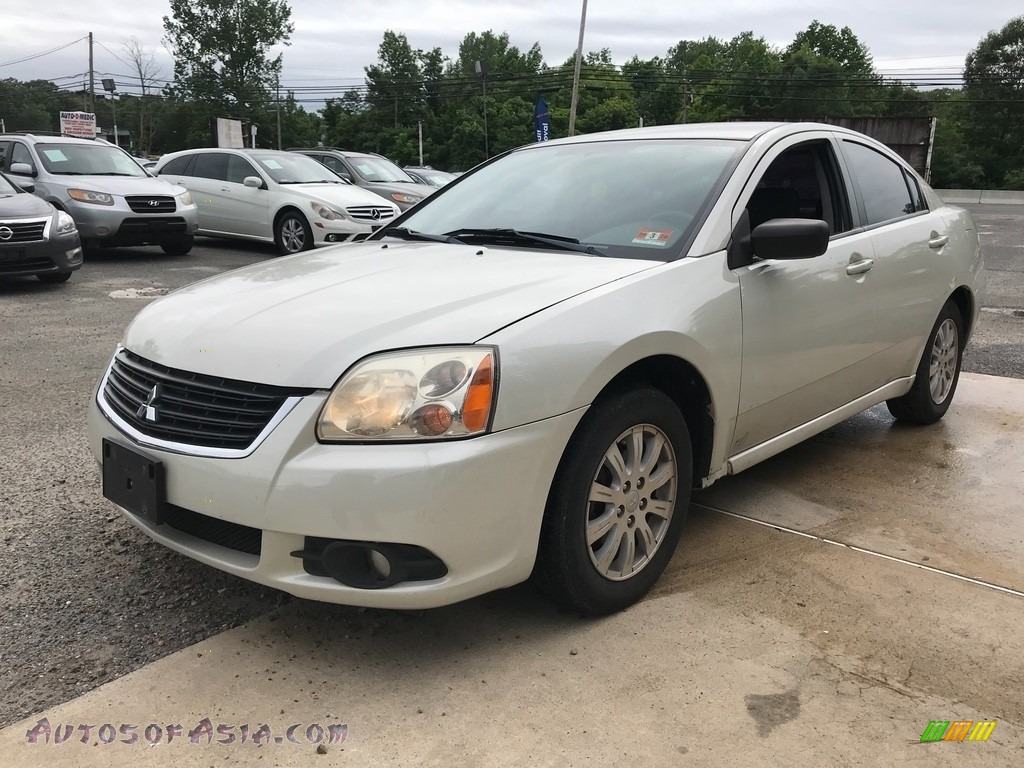 2009 Galant ES - Dover White Pearl / Beige photo #2