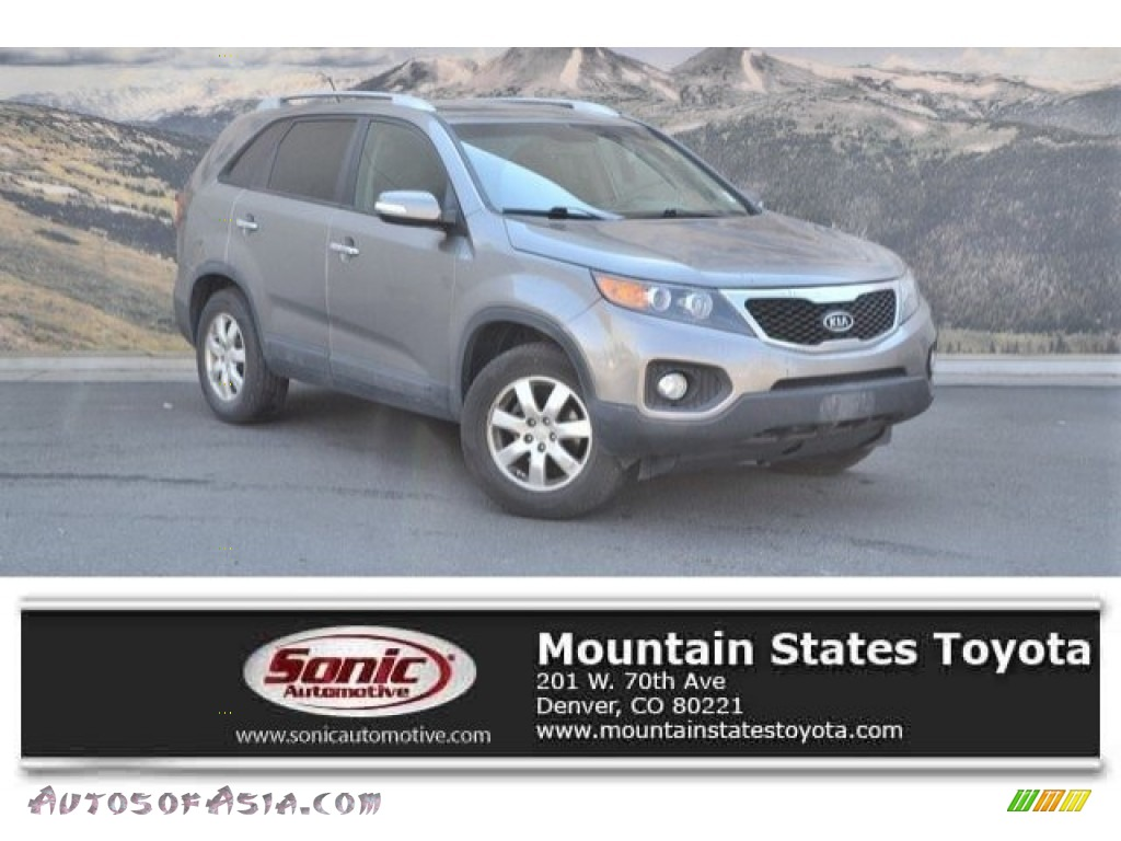 2011 Sorento LX - Titanium Silver / Black photo #1
